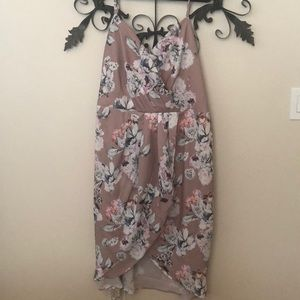 City Chic Dresses - 🧣New floral dress